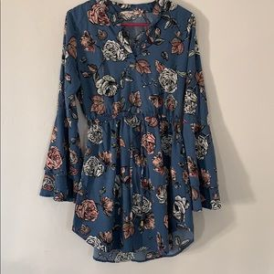 Blush Dress (Flared Sleeves)